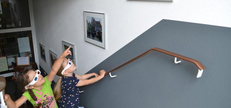 """Die Treppenhaus-Galerie des Vereins """"Dunkelkammer"""" in Rastow"""